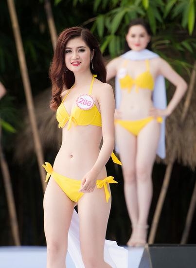 thi-sinh-hoa-hau-co-vong-eo-56-cm-lo-diem-yeu-hinh-the-voi-bikini