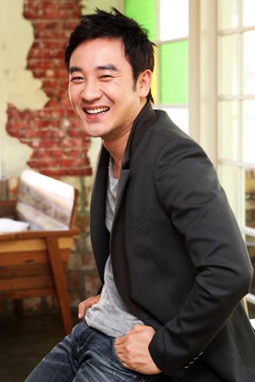 Nam diễn viên Uhm Tae Woong.
