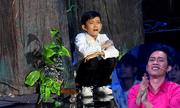Cậu bé miền Tây bật khóc khi hát cải lương khiến Hoài Linh 'nổi da gà'