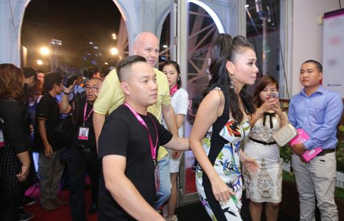 Thu Minh và chồng