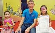Đại sứ Anh đọc truyện cùng trẻ em Việt Nam