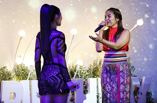 thu-minh-khoc-xin-loi-bo-me-ve-scandal-no-nan-cua-chong-6