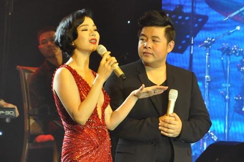 Tại liveshow Biển tình, Lệ Quyên và Quang Lê là hai ca sĩ được khán giả