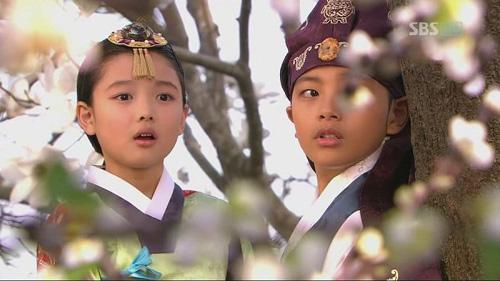 kim-yoo-jung-tu-nguoi-mau-nhi-toi-my-nhan-man-anh-han-quoc-5