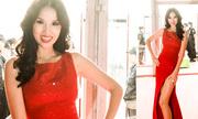 Bebe Phạm diện váy xẻ đùi cao trên thảm đỏ