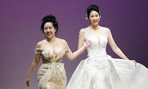 Hà Kiều Anh diễn thời trang ở Canada