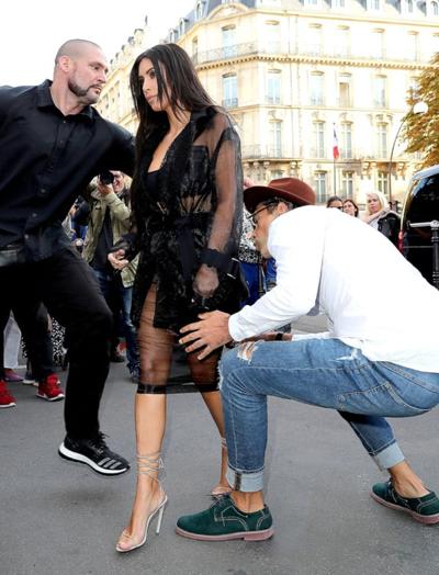 kim-kardashian-bi-nha-bao-sam-so-o-paris-1