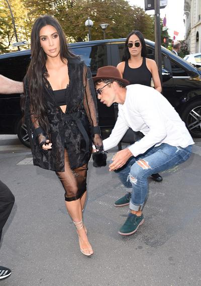 kim-kardashian-bi-nha-bao-sam-so-o-paris-2