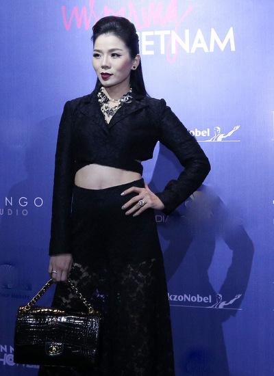 thuy-tien-khoe-noi-y-angela-phuong-trinh-kin-dao-di-su-kien-5