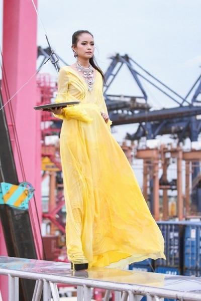 Sinh năm 1994, cao 1,74 m, cô gái đến từ Tây Ninh được giám khảo đánh giá là sở hữu vóc dáng có tỷ lệ đẹp của một người mẫu.
