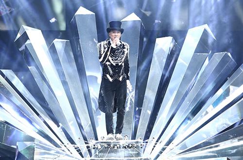 20-bo-do-lap-lanh-cua-dam-vinh-hung-trong-diamond-show