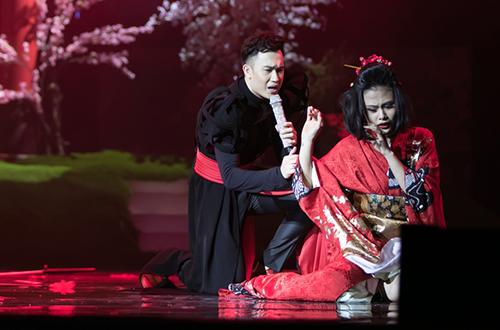 khan-gia-rung-minh-truoc-hinh-nhan-khong-dau-trong-show-mr-dam-14