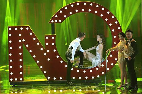 dam-vinh-hung-nen-dau-chay-het-minh-trong-liveshow-1