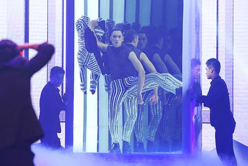ngoc-chau-dang-quang-vietnams-next-top-model-2016-4