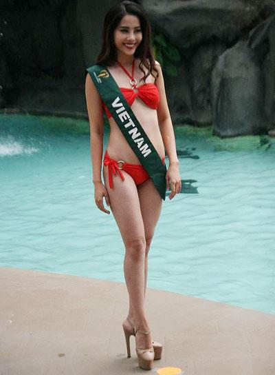 nam-em-cung-dan-thi-sinh-miss-earth-khoe-dang-voi-bikini-1
