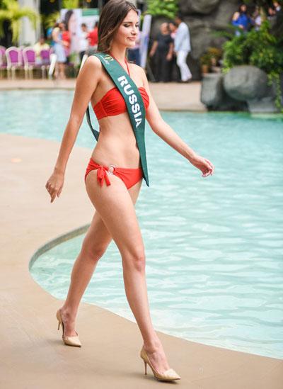 nam-em-cung-dan-thi-sinh-miss-earth-khoe-dang-voi-bikini-6