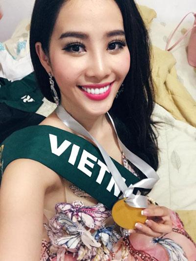 nam-em-doat-huy-chuong-bac-phan-thi-tai-nang-tai-miss-earth