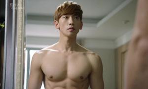 Trào lưu mỹ nam khoe cơ bắp rộ khắp màn ảnh Hàn