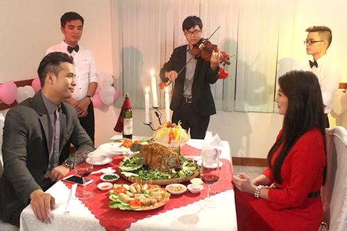 Chia sẻ về nhiều cảnh tình tứ với Thanh Trúc trong phim, Trương Thế Vinh