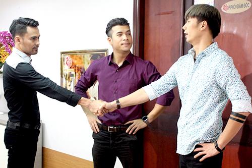 Diễn viên Lâm Minh Thắng (trái) và Nhan Phúc Vinh (phải) góp mặt trong phim.