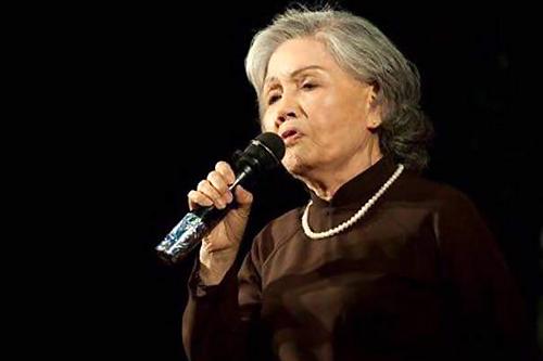 Nghệ sĩ Út Bạch Lan qua đời ở tuổi 81.
