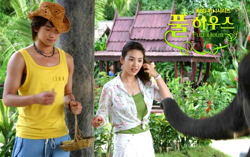 nhung-vai-dien-gay-bao-cua-song-hye-kyo-qua-20-nam-6