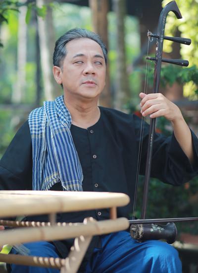 Tạo hình đậm chất Nam bộ của Thành Lộc trong phim mới.