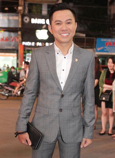 angela-phuong-trinh-mac-vay-xuyen-thau-du-su-kien-8