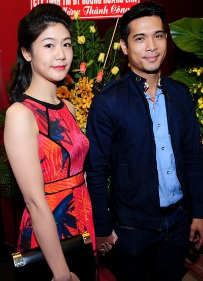 Đông Phương thỉnh thoảng vẫn xuất hiện cùng Trương Thế Vinh trong các sự kiện showbiz khi cả hai còn yêu nhau.