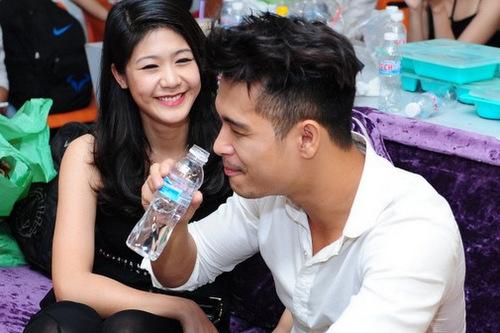 duong-tinh-khong-tron-ven-cua-truong-the-vinh-va-co-truong-8x-2