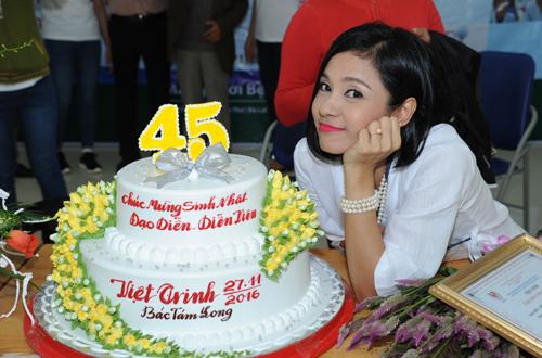 viet-trinh-ho-tro-350-benh-nhan-mo-duc-thuy-tinh-the-8