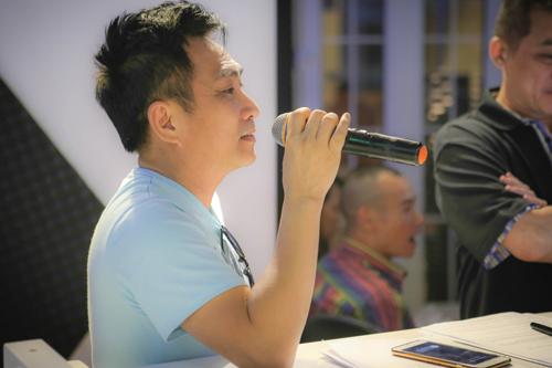 Ca sĩ Quang Thành được Khánh Ly chọn để hát cùng bà những ca khúc Da Vàng trong dòng nhạc phản chiến của Trịnh Công Sơn.