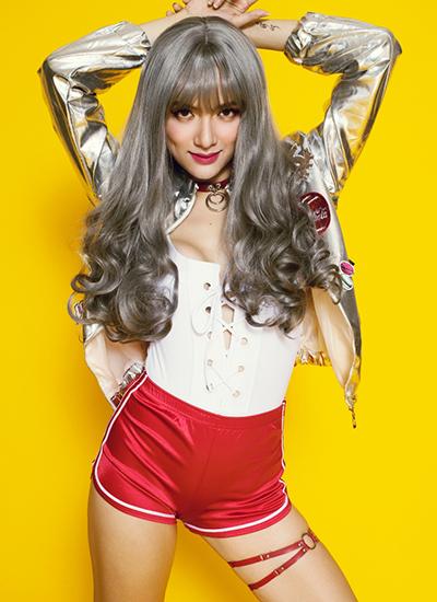 huong-giang-idol-mac-bodysuit-khoe-hinh-the-2