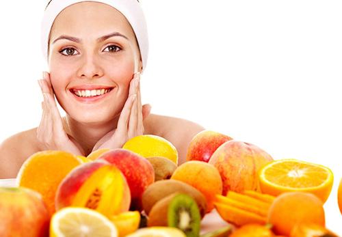 bo-sung-kien-thuc-ve-vitamin-c-va-e-de-dep-hon-moi-ngay-1