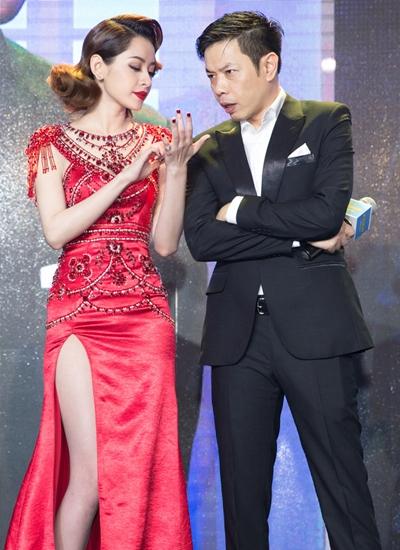 Trong phim, Thái Hòa đóng vai một vệ sĩ tếu táo nhưng quan tâm, lo lắng cho em gái (Chi Pu đóng)