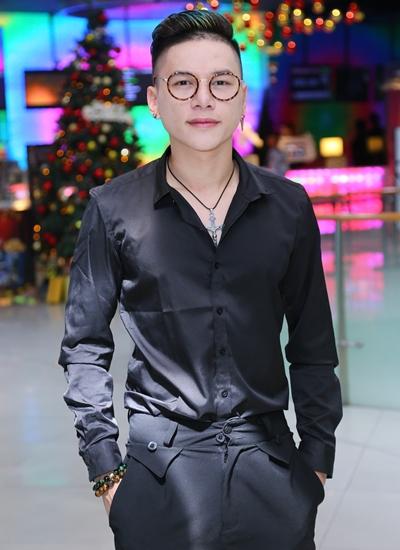 Nhạc sĩ - ca sĩ Hoàng Tôn.
