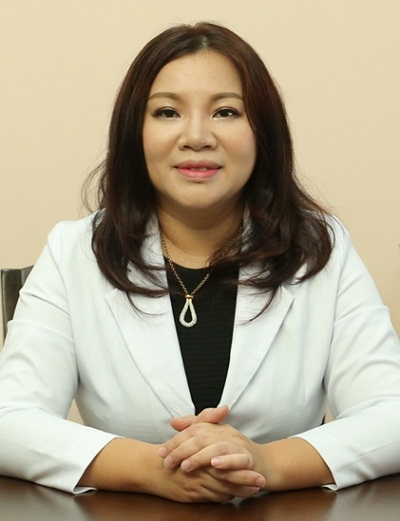 cham-soc-da-bang-vitamin-c-nguyen-chat-giup-dy-lui-sam-nam
