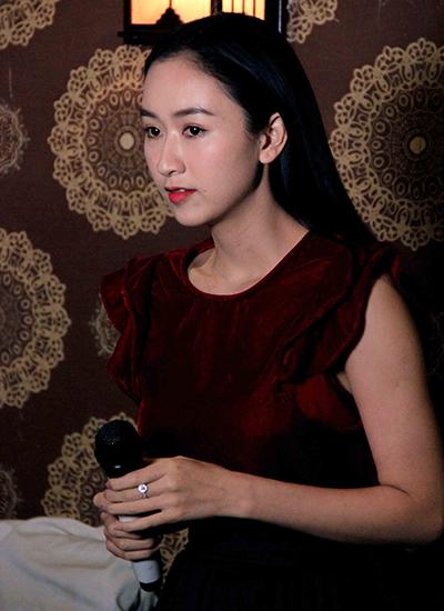 dam-vinh-hung-mac-quan-short-lam-giam-khao-3