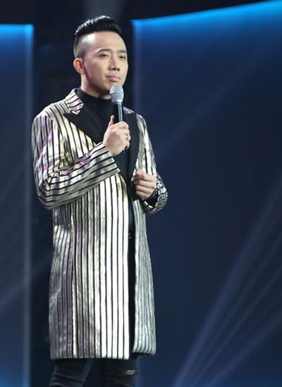 hari-won-am-tham-den-xem-chong-dan-chuong-trinh-1