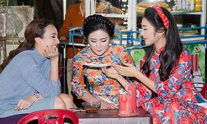 Ngọc Hân đi ăn đêm với 'bản sao' Nguyễn Thị Huyền
