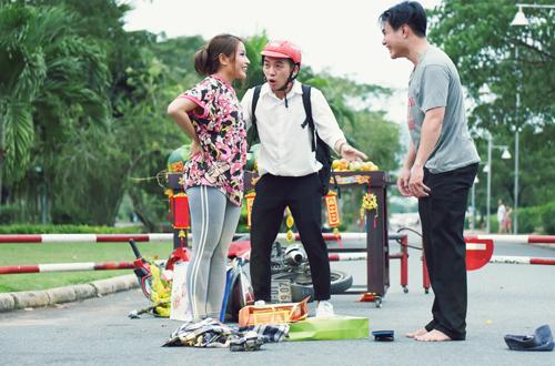 Phim do Gala Nhạc Việt sản xuất, kịch bản do diễn viên Khả Như viết và Đinh Hà Uyên Thư làm đạo diễn.