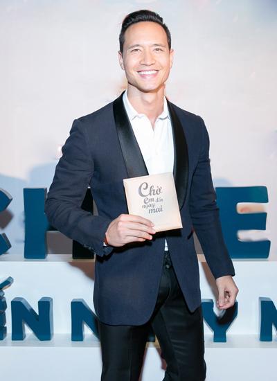Diễn viên Kim Lý xuất hiện sau khi công bố chuyện chia tay với Trương Ngọc Ánh.