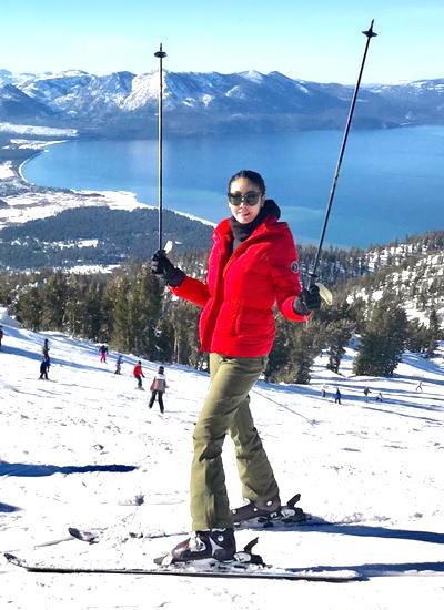 Hà Kiều Anh tự tin khoe kỹ năng trượt tuyết