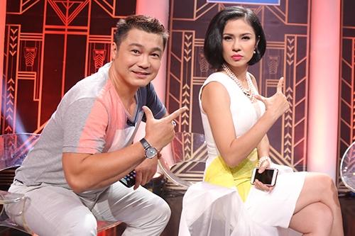 Lý Hùng và Việt Trinh thân thiết khi hội ngộ trên truyền hình. Tập 16 phát sóng ngàu 8/1.