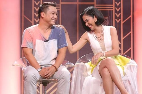 Cặp diễn viên nổi tiếng thập niên 1990 thân thiết khi tái ngộ trên truyền hình. Mỗi lần gặp lại nhau, Việt Trinh và Lý Hùng thường ôn lại kỷ niệm thời đóng phim chung. Cô từng kể