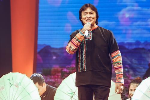 Trong tập 6 chương trình The mash up, nghệ sĩ Quang Lý trình bày