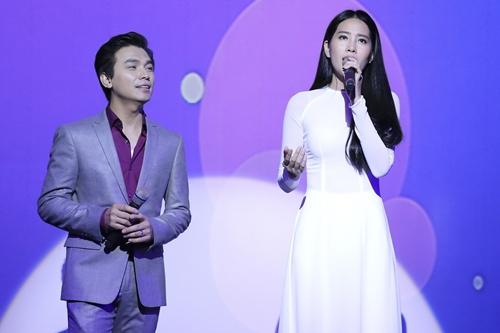 Cả hai song ca bài Đường tình đôi ngả. Mạnh Quỳnh từng nhận là người đỡ đầu cho Nam Em trong các dự án âm nhạc của cô.