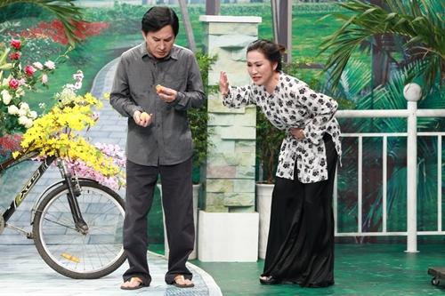 Nghệ sĩ Ưu tú Kim Tử Long (trái) vào vai
