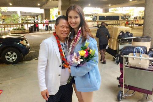 hôm 20/1, Ngọc Trinh đã bay sang Hawaii để nghỉ dưỡng cùng bạn trai.