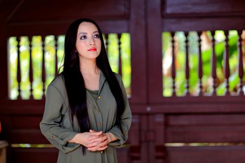 Linh Nga cũng vừa hoàn thành xong một dự án phim và dự định sẽ công chiếu ở Mỹ và Việt Nam vào năm 2017.